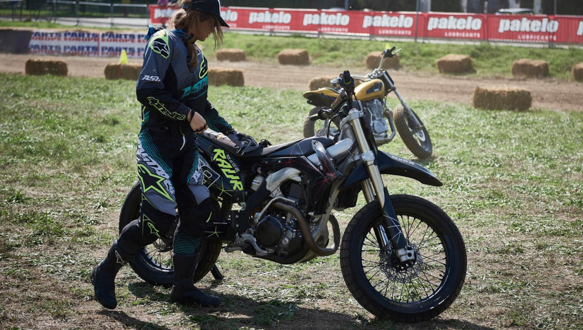 the dirty day, babila blogger, female rider
